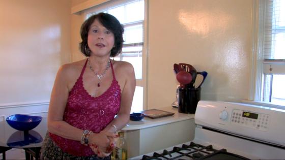 Giftos elaine Elaine Giftos:
